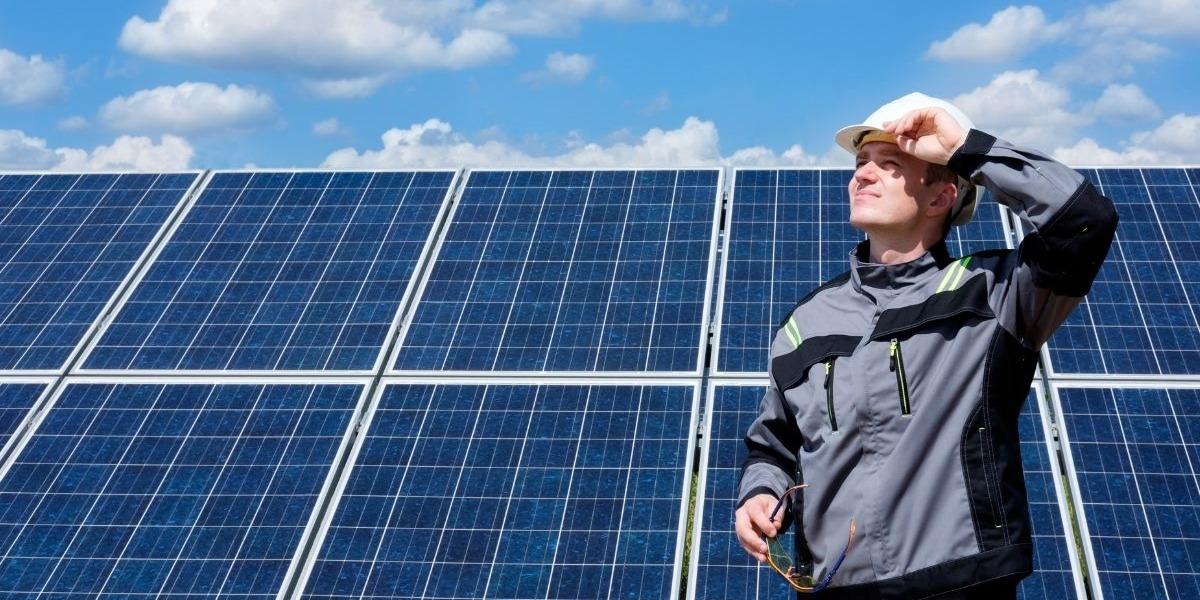 Cosa Facciamo fotovoltaico per le aziende - Solar Cash srl