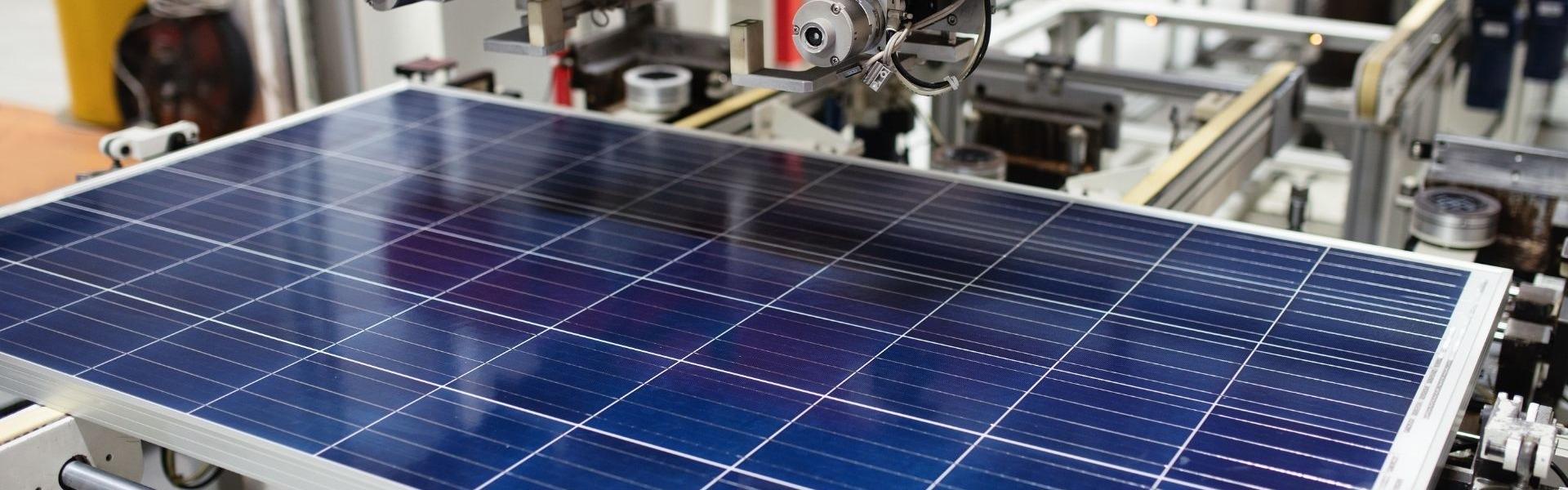 produttore pannelli solari - lacora con noi - Solar Cash