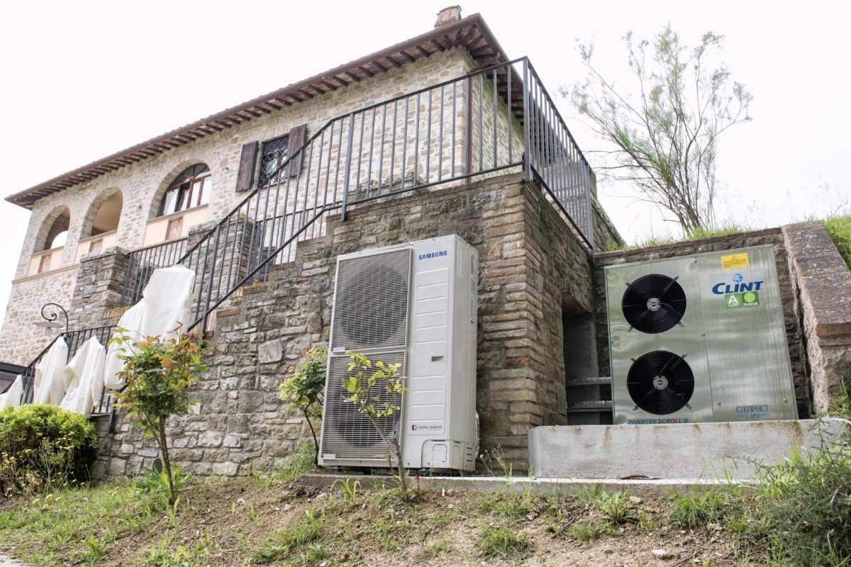 Pompa di calore - Agriturismo Villa Torranca