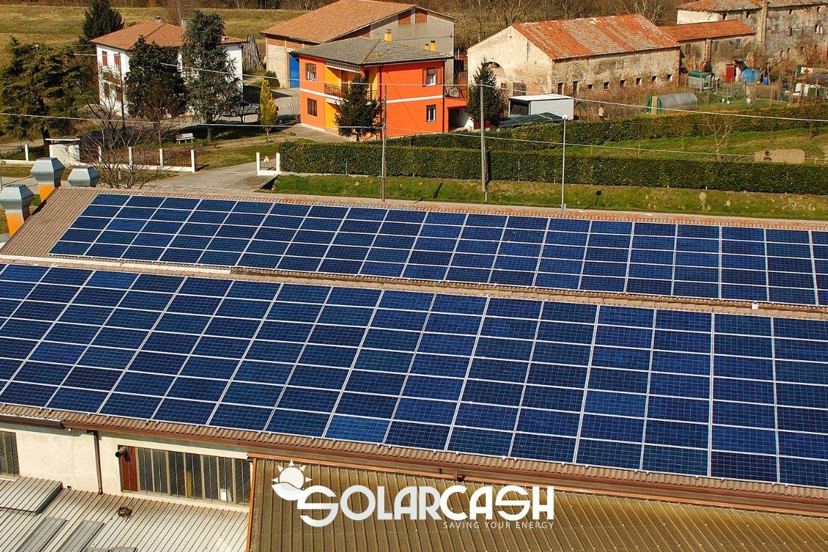 Fotovoltaico su capannoni industriali: tutti i vantaggi